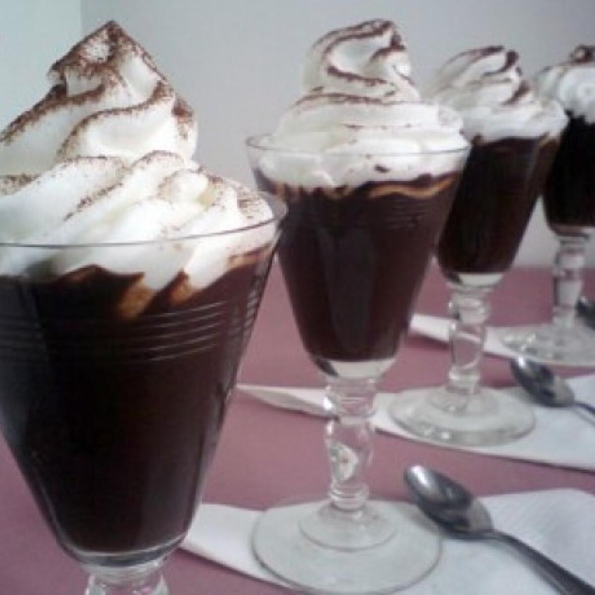 Ezen a képen: Csokis pohárkrém