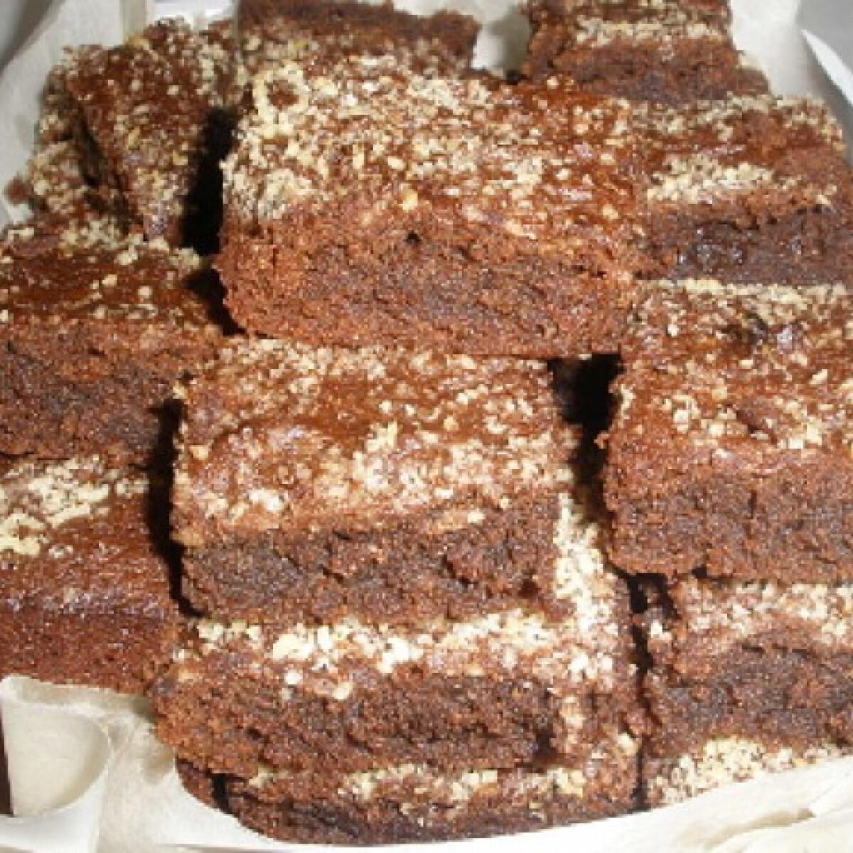 Ezen a képen: Mandulalisztes brownie