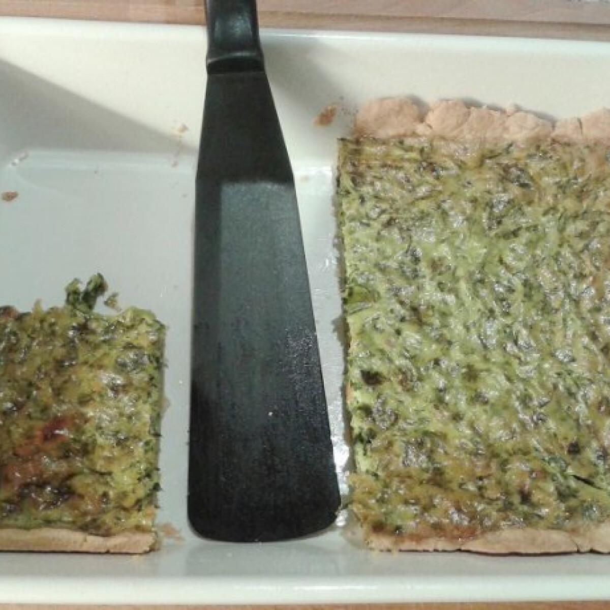 Medvehagyma pite görög joghurttal