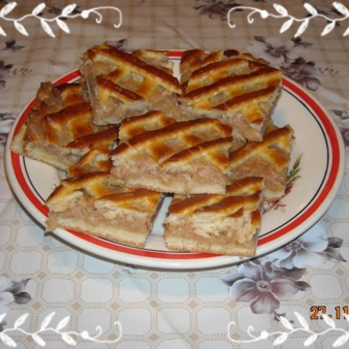 Ezen a képen: Almás pite Nikóka konyhájából