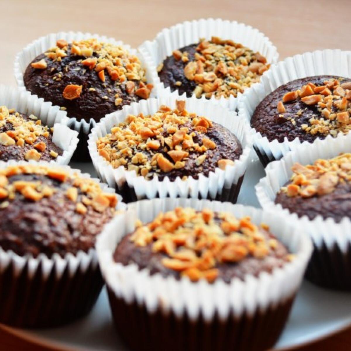 Ezen a képen: Diétás brownie muffin