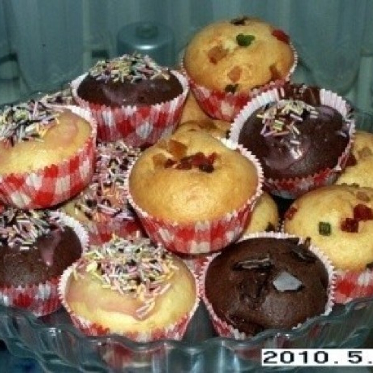 Ezen a képen: Muffin alaprecept 3.