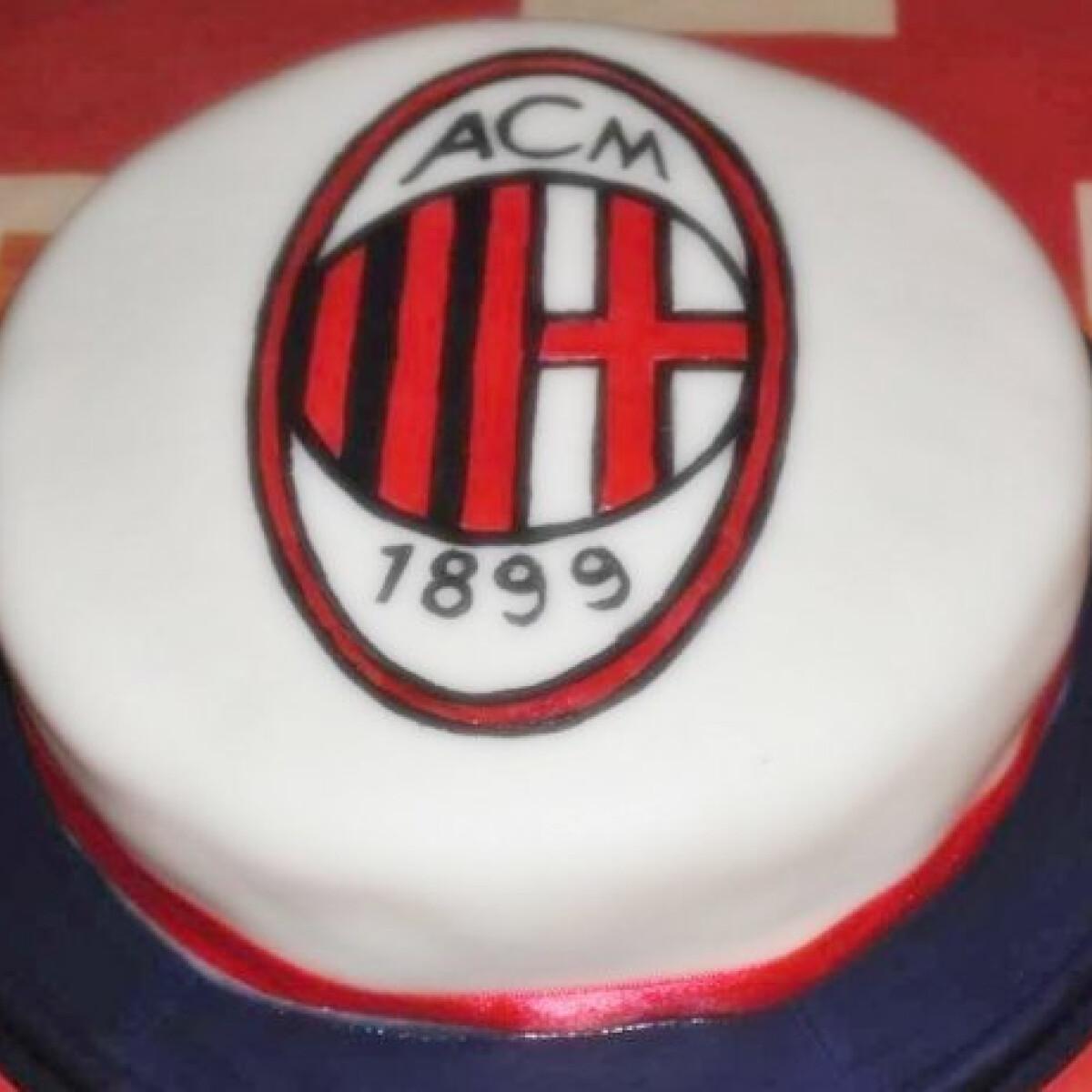 Ezen a képen: Orosz krémtorta AC Milan módra