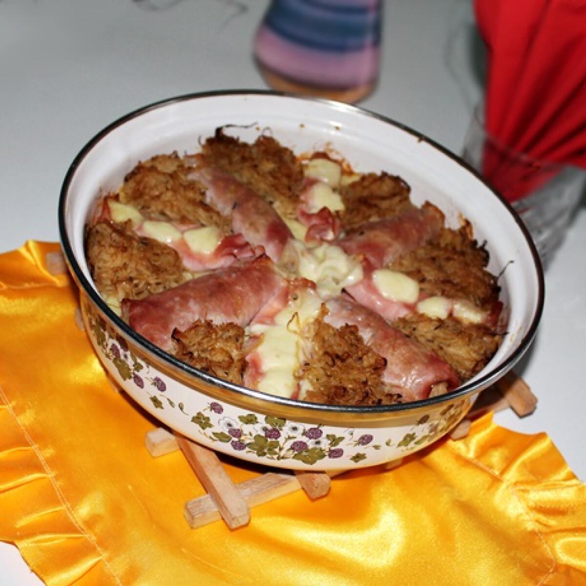 Ezen a képen: Mozzarellás-hordóskáposztás sonka