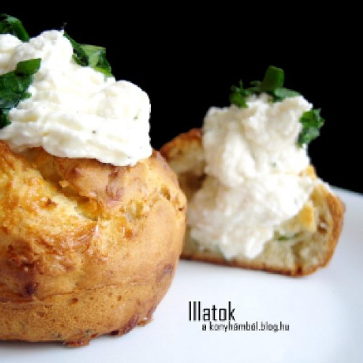 Medvehagymás-sajtos muffin túróhabbal