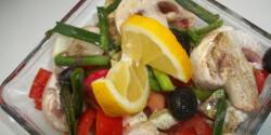 Avokádós saláta gombával és mozzarellával