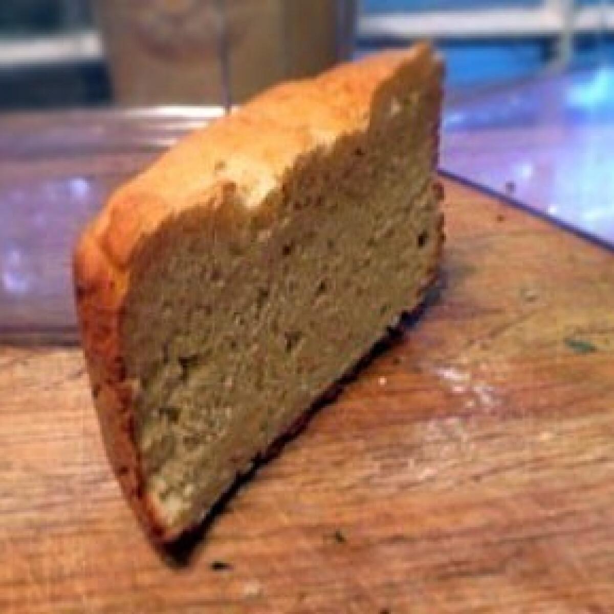 Ezen a képen: Gluténmentes szendvicskenyér