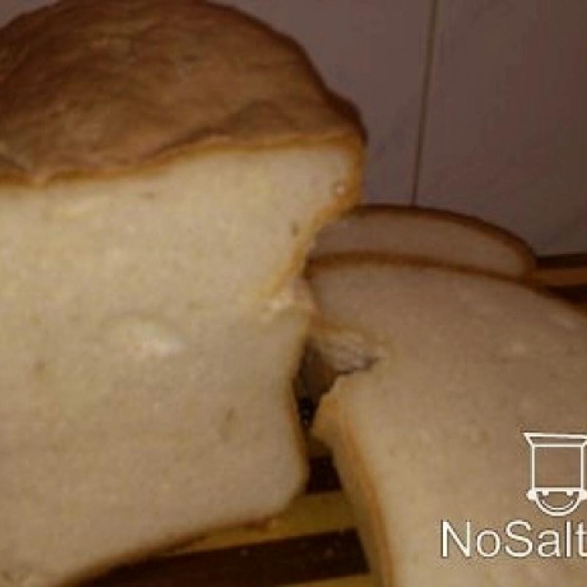 Ezen a képen: Gluténmentes kenyér burgonyapehellyel