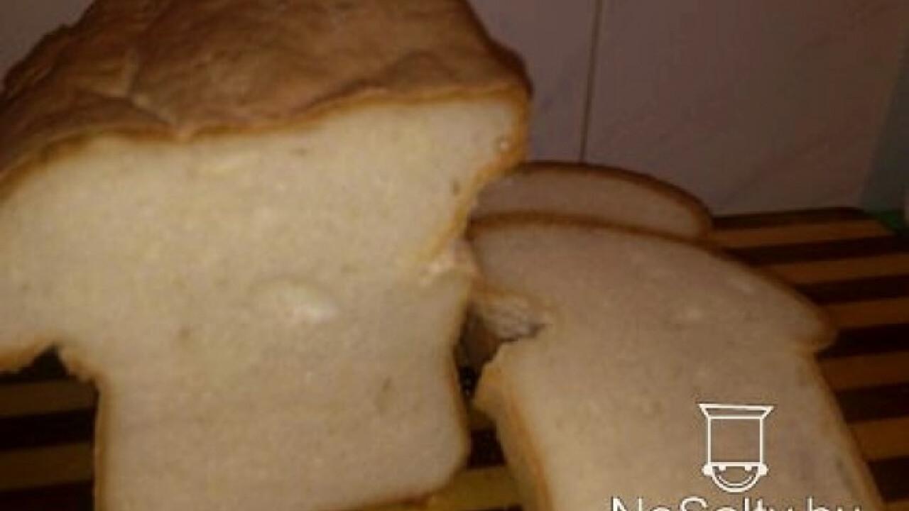 Gluténmentes kenyér burgonyapehellyel