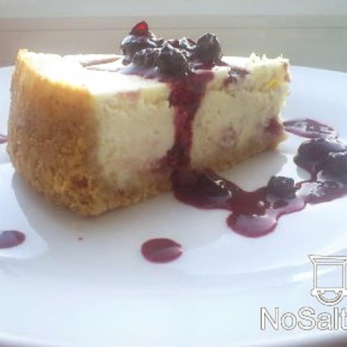 Mixed Berries Swirl Cheesecake