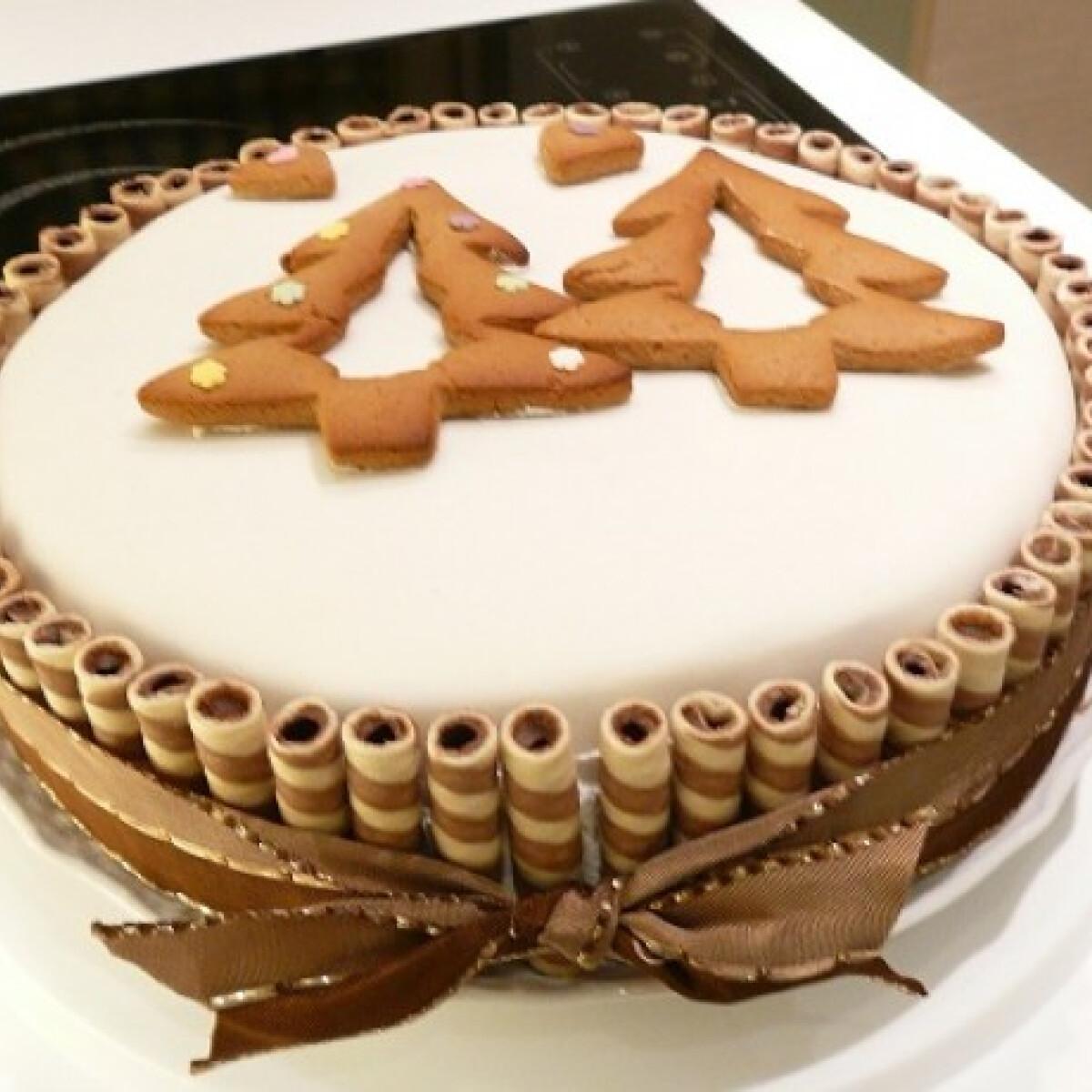 Ezen a képen: Karácsonyi Rigó Jancsi torta