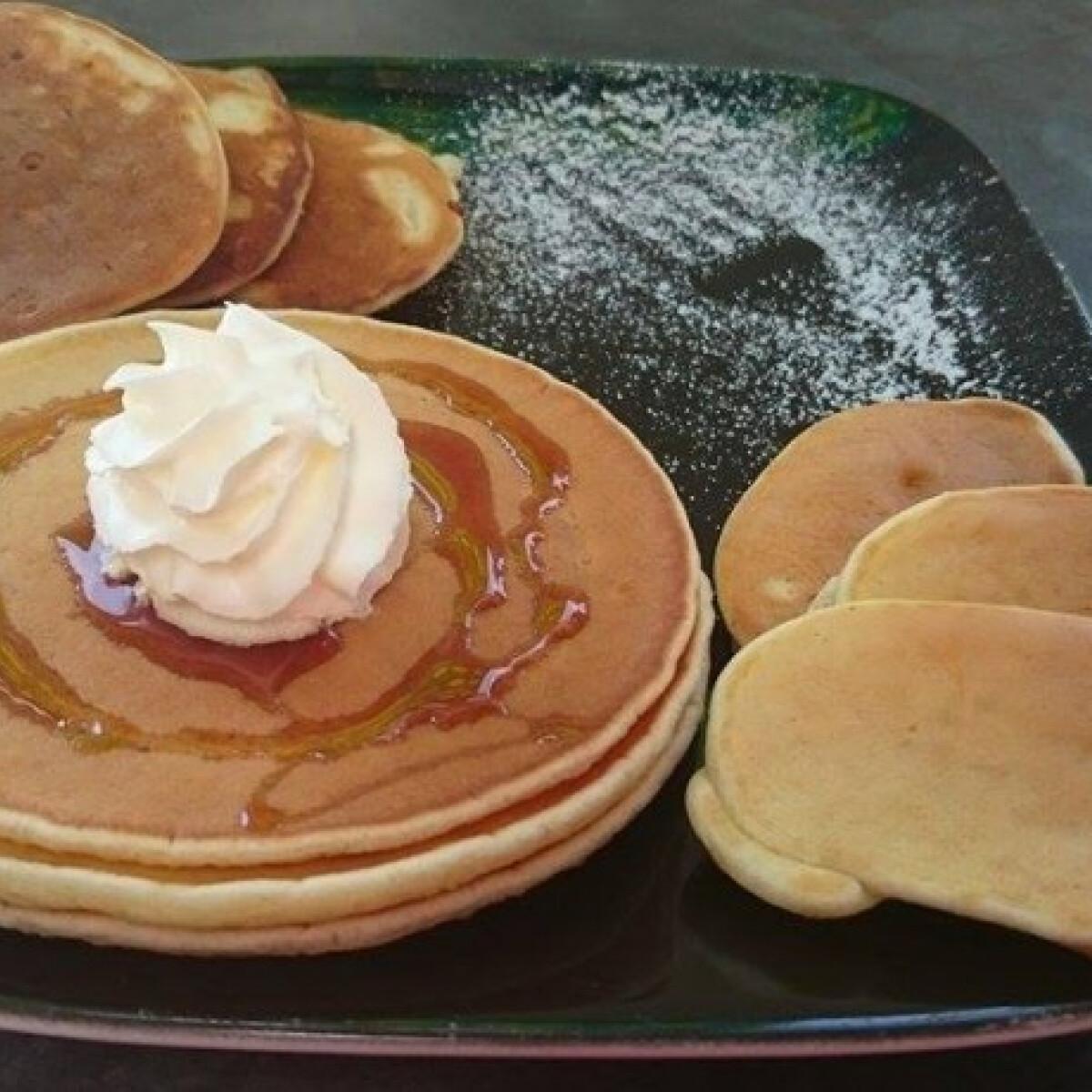 Ezen a képen: Bögrés pancake Sziszi módra