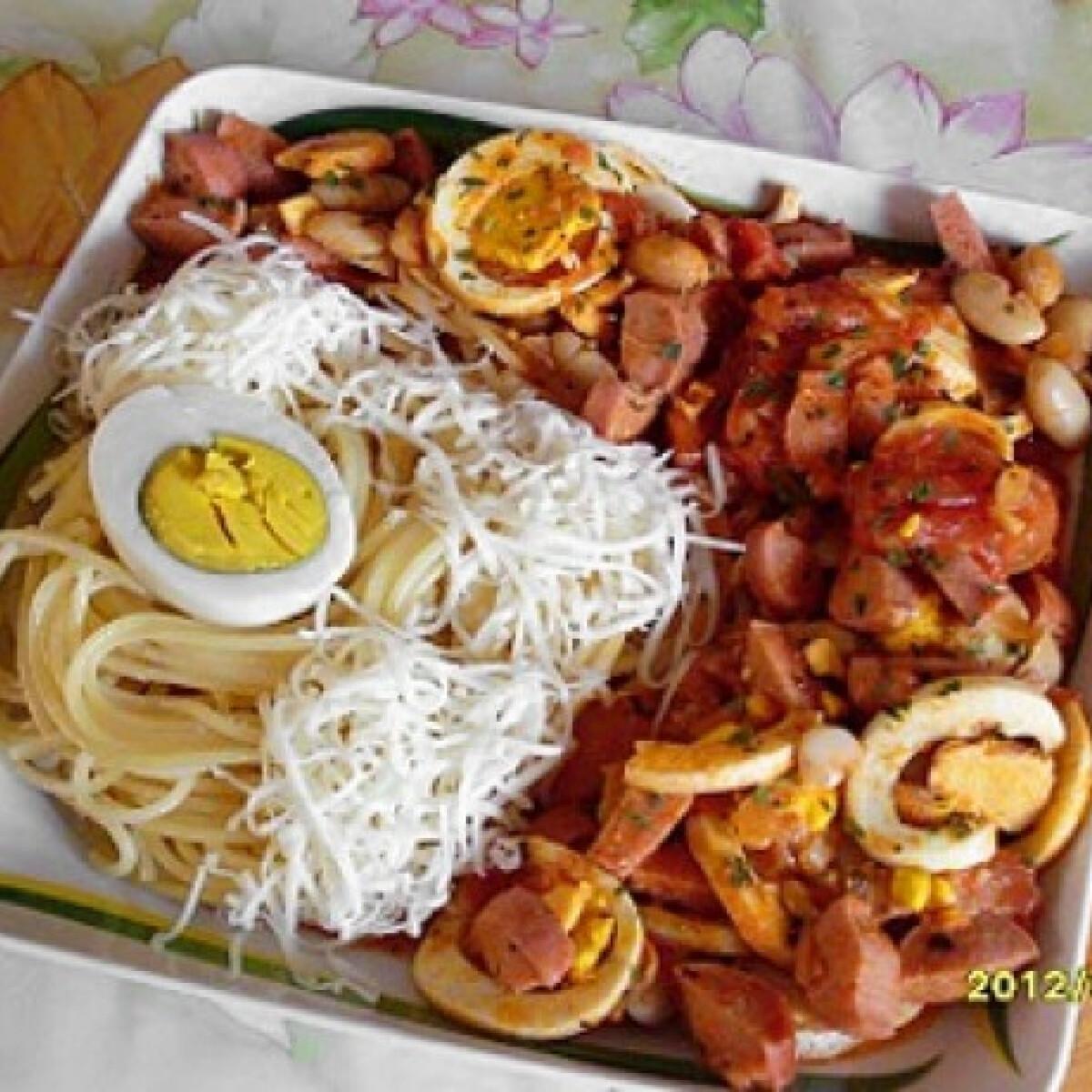 Tojásos-fehérbabos virslipörkölt spagettivel