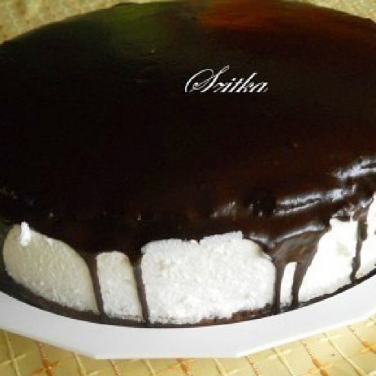 Ezen a képen: Kakaós túró rudi torta