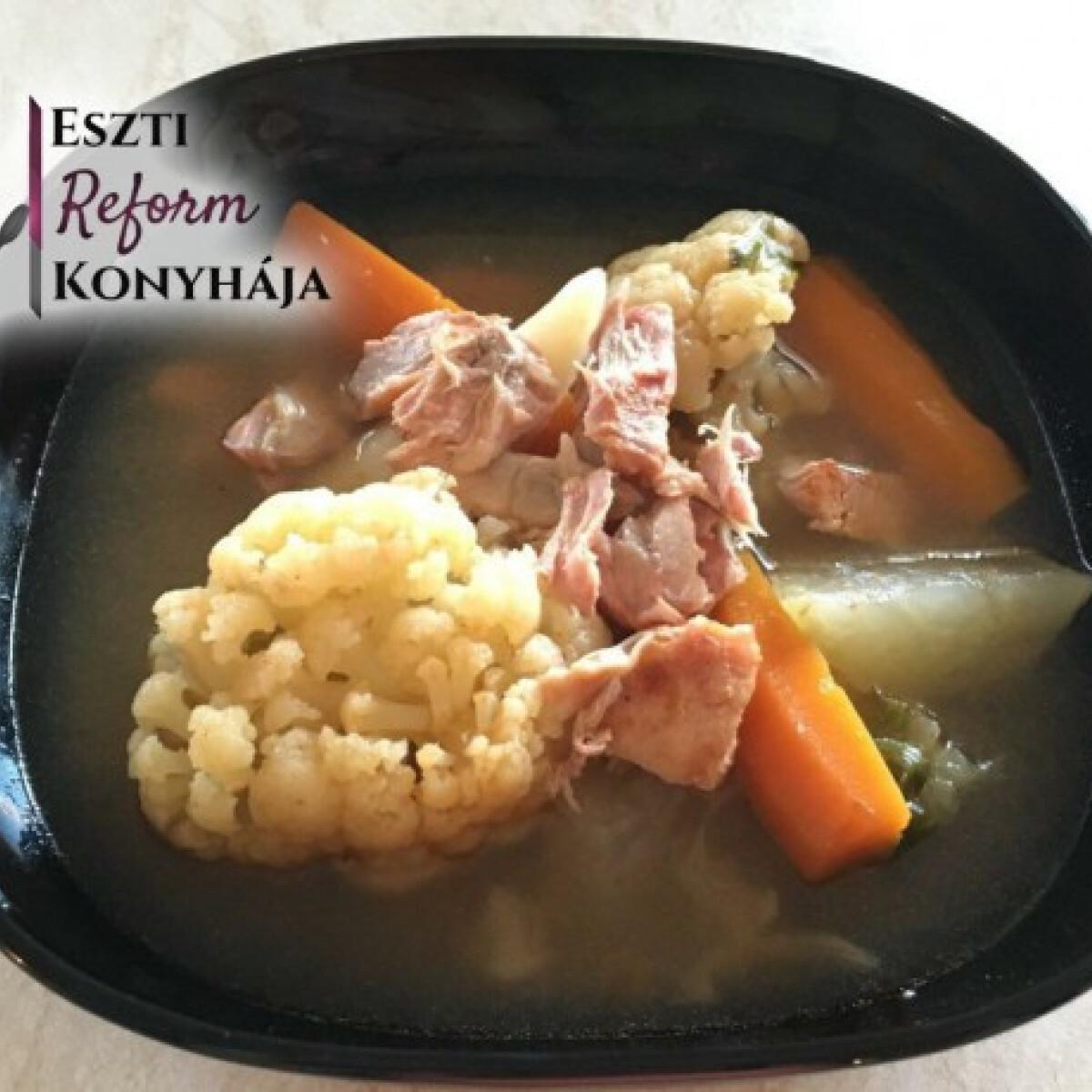 Húsleves Eszti reform konyhájából