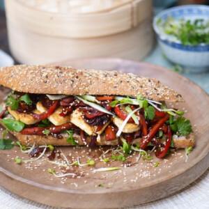Édes-savanyú tofus szendvics