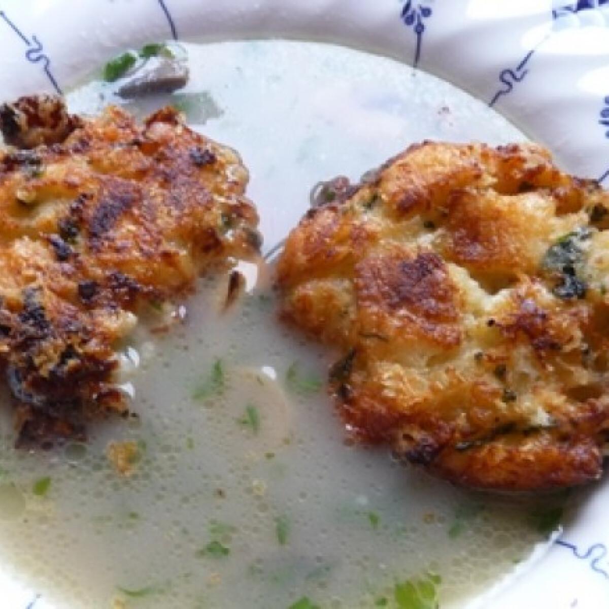 Ezen a képen: Sajtgombóc Zsuzsa konyhájából