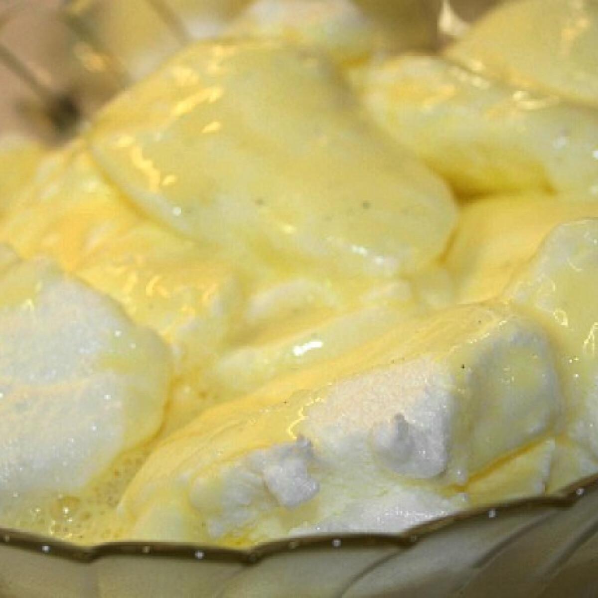 Ezen a képen: Madártej Vicikó konyhájából