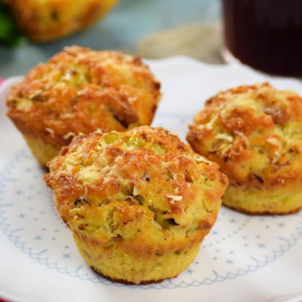 Ezen a képen: Ricottás-sonkás muffin