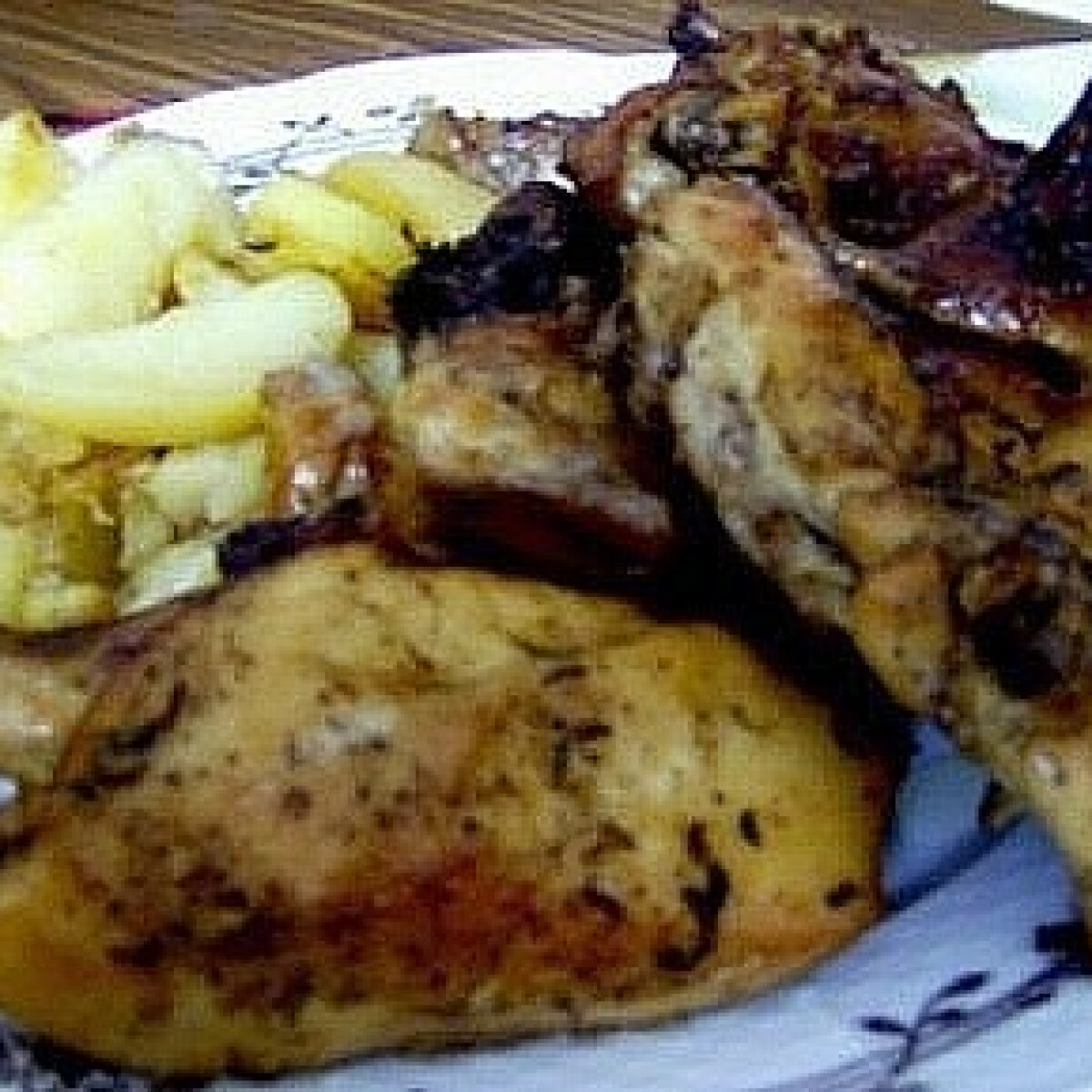 Ezen a képen: Sörös csirke