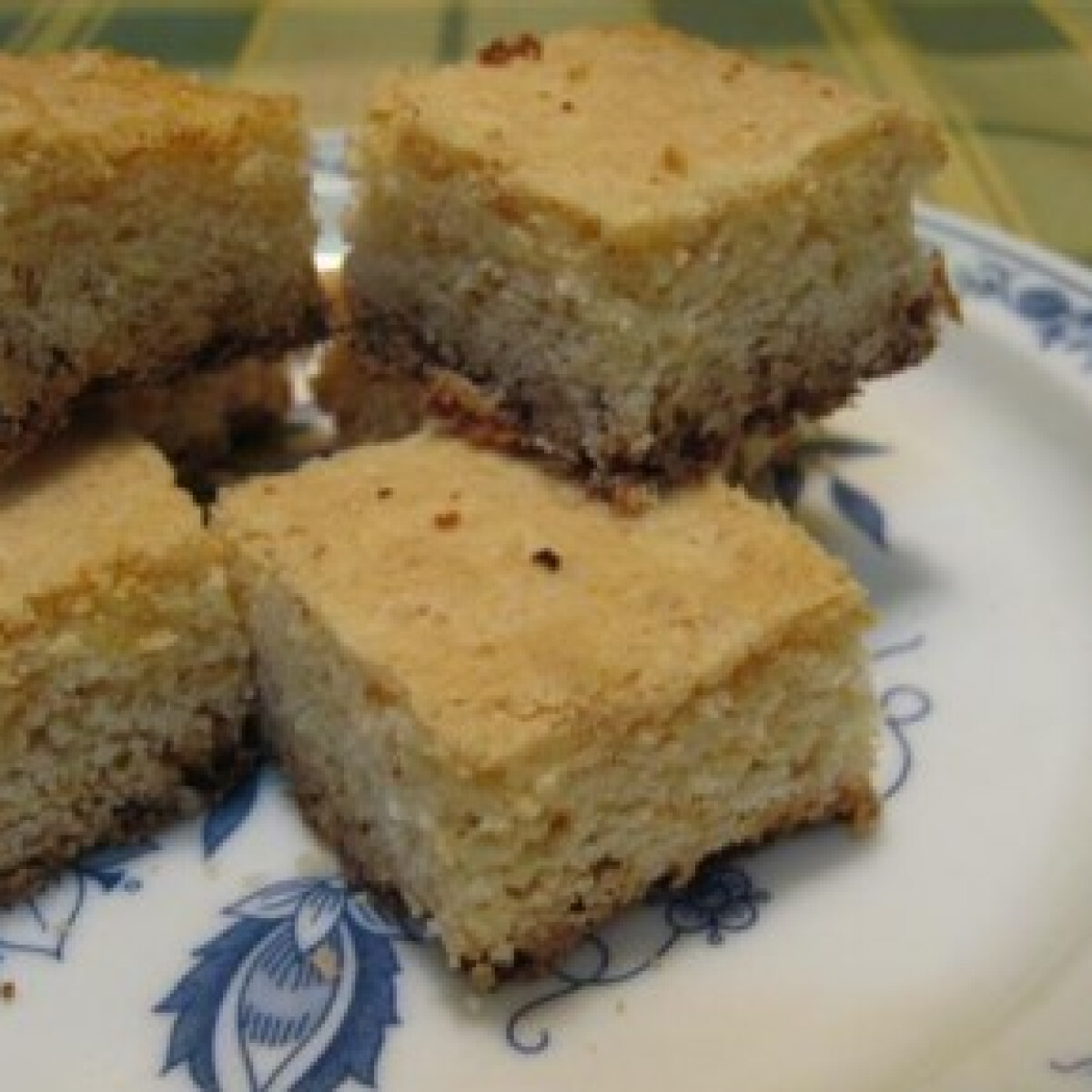 Ezen a képen: Fehércsokis süti
