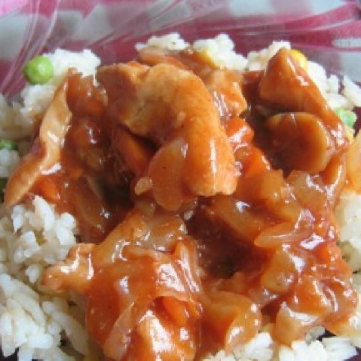 Ezen a képen: Ketchup-os szecsuáni csirke