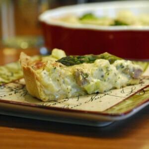 Húsos-sajtos-zöldséges pite