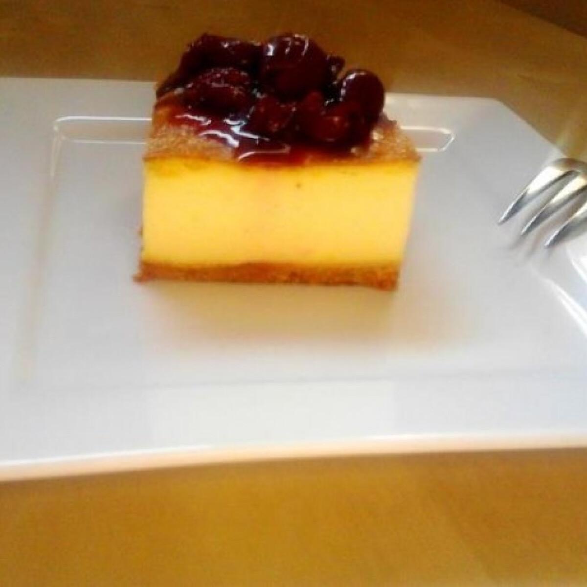 Ezen a képen: Diabetikus meggyes sült torta