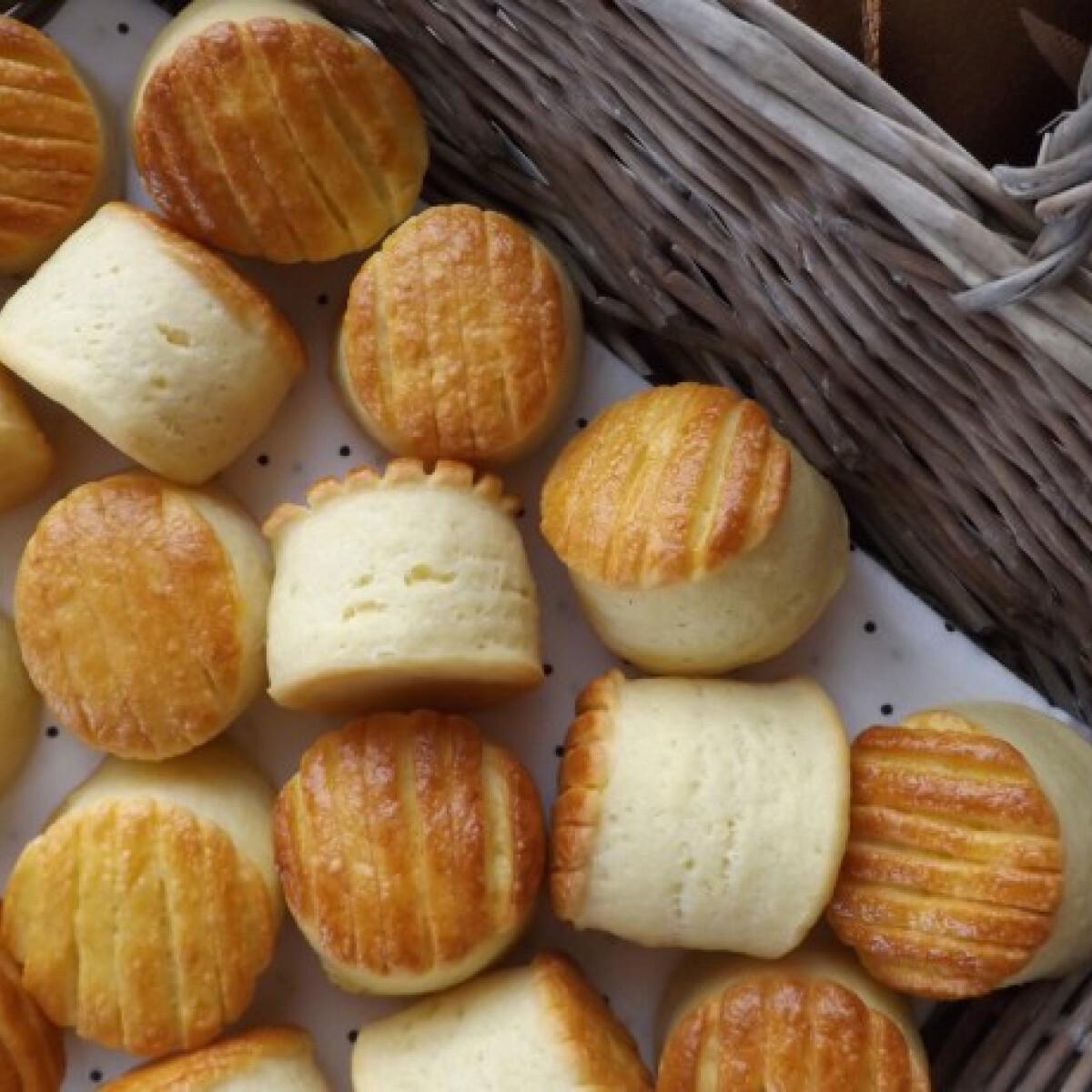 Ezen a képen: Pogácsa maradék krumplipüréből