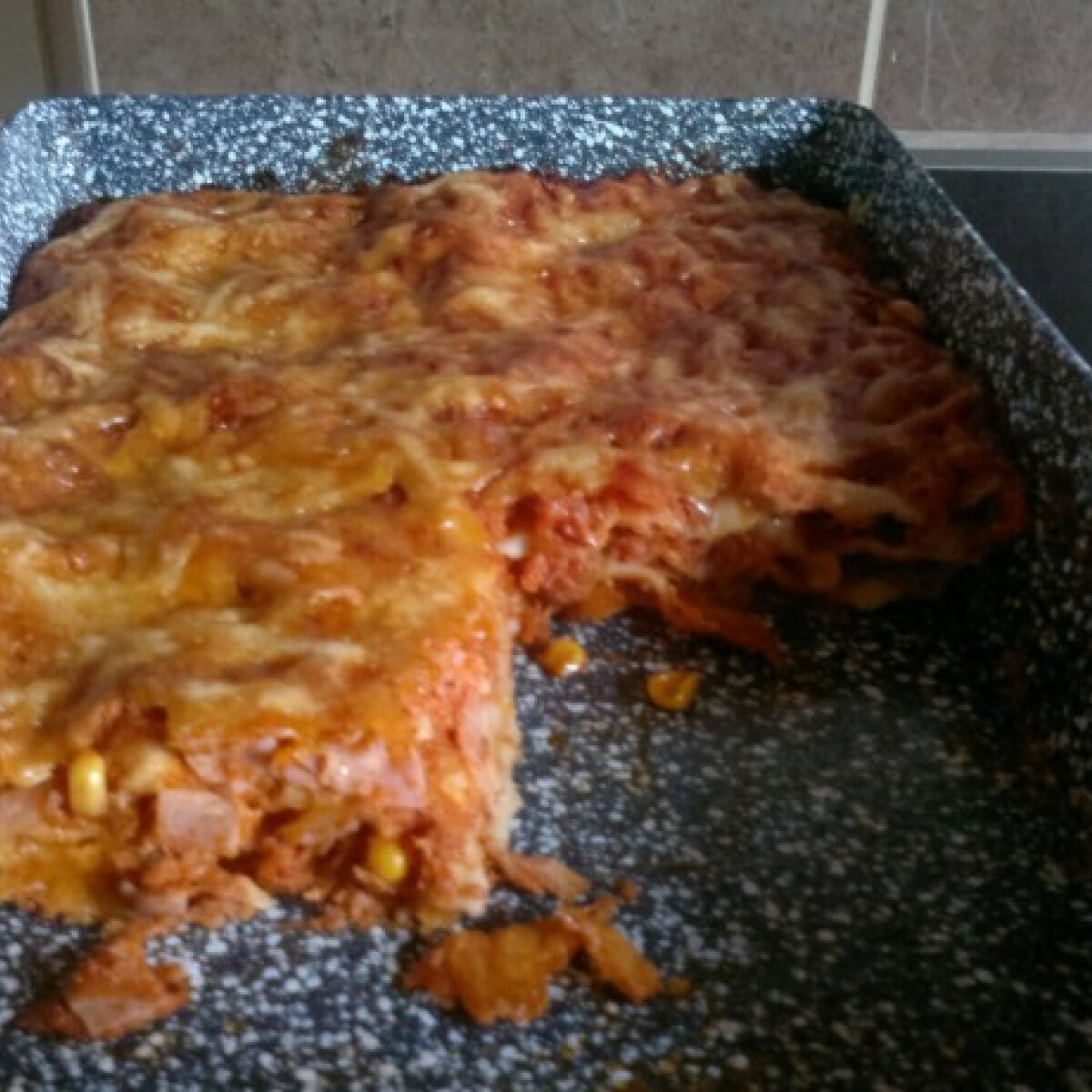 Tonhalas-sonkás lasagne