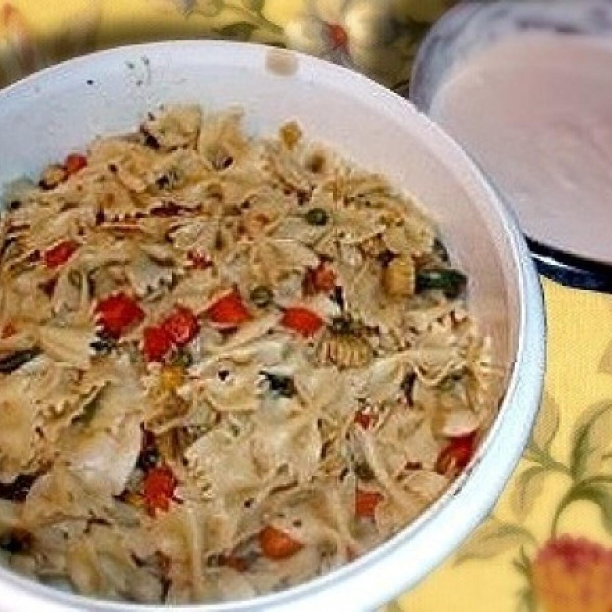 Majonézes-zöldséges tésztasaláta