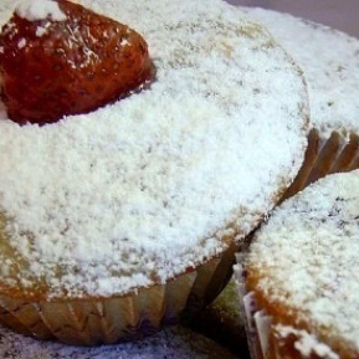 Ezen a képen: Bogyókás muffin