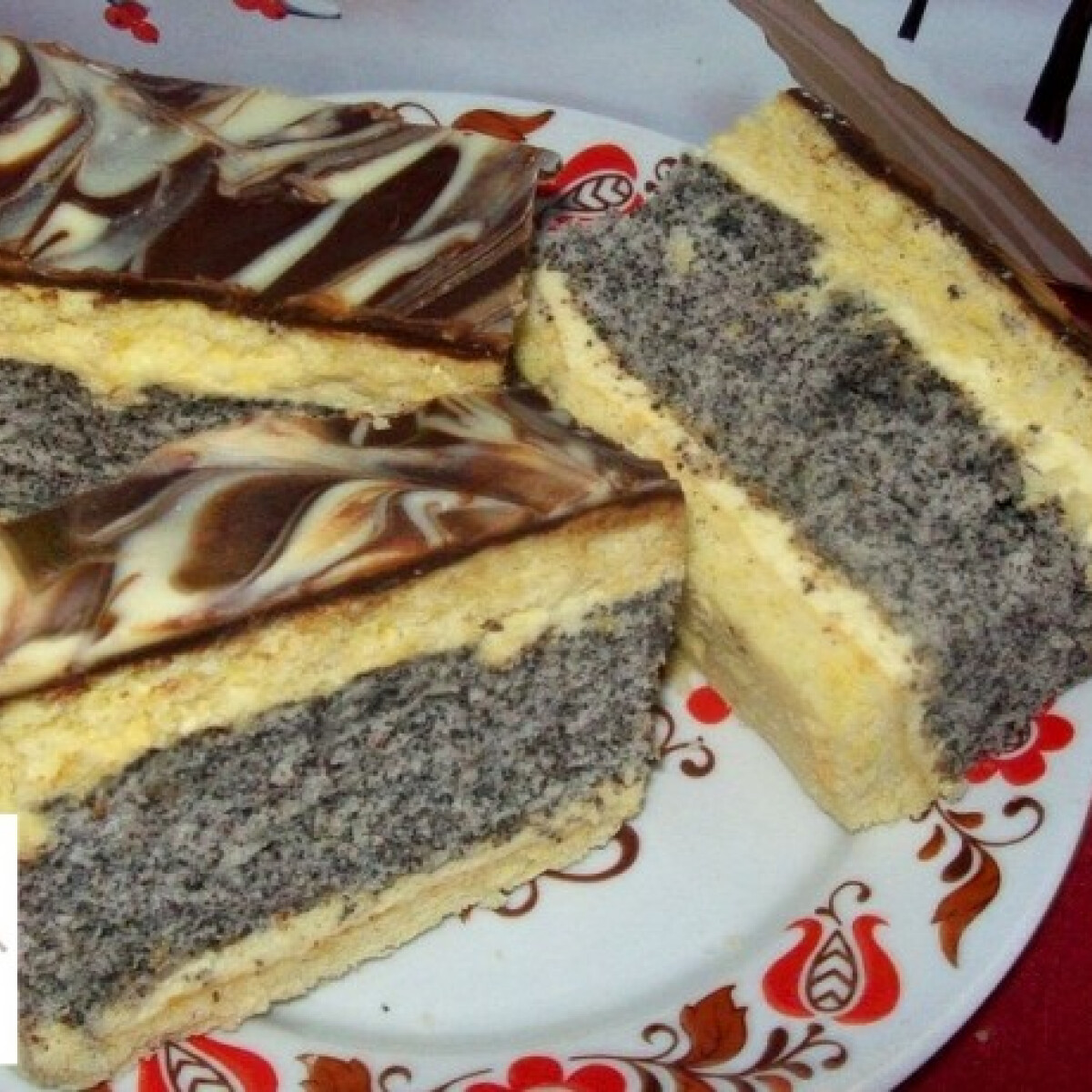 Ezen a képen: Citromos-mákos szelet Edit konyhájából
