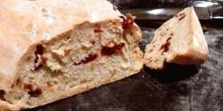 Szárított paradicsomos kenyér