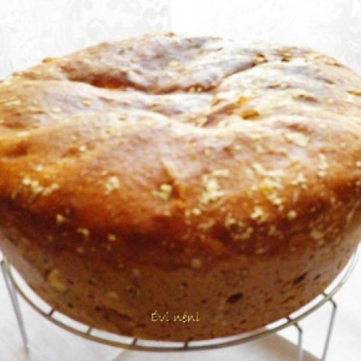 Ezen a képen: Rozsos dagasztás nélküli kenyér