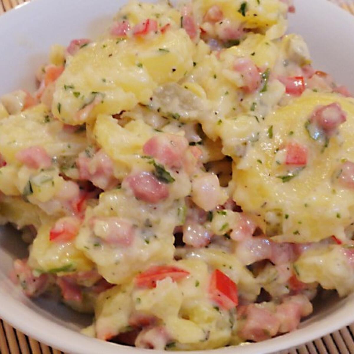 Ezen a képen: Majonézes burgonyasaláta szalonnával