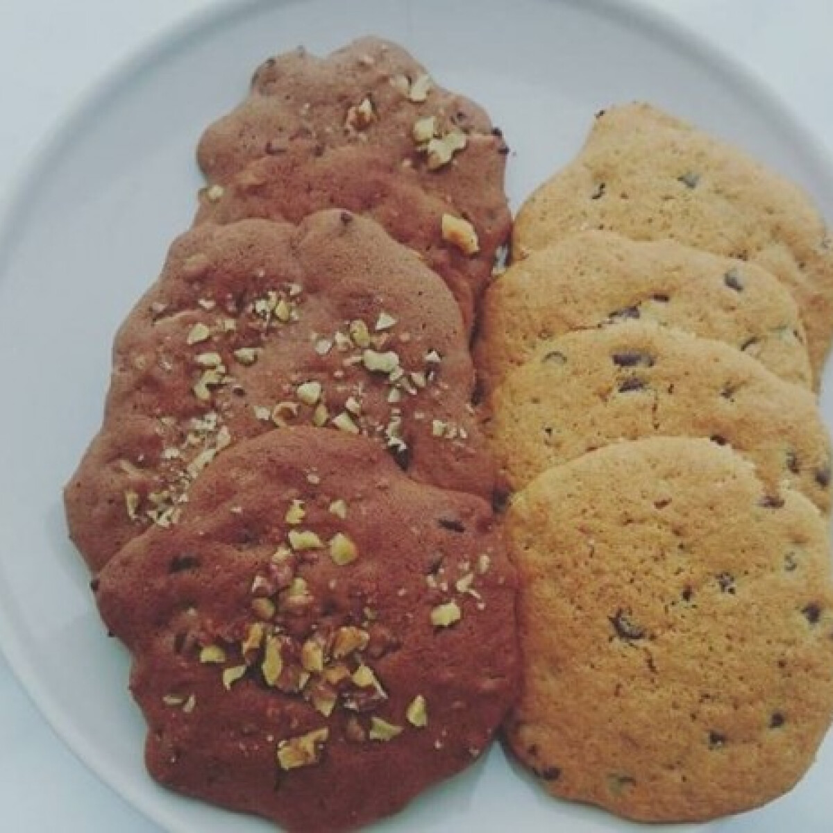 Ezen a képen: Nutellás diós keksz