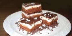 Túrós-kekszes szelet sütés nélkül