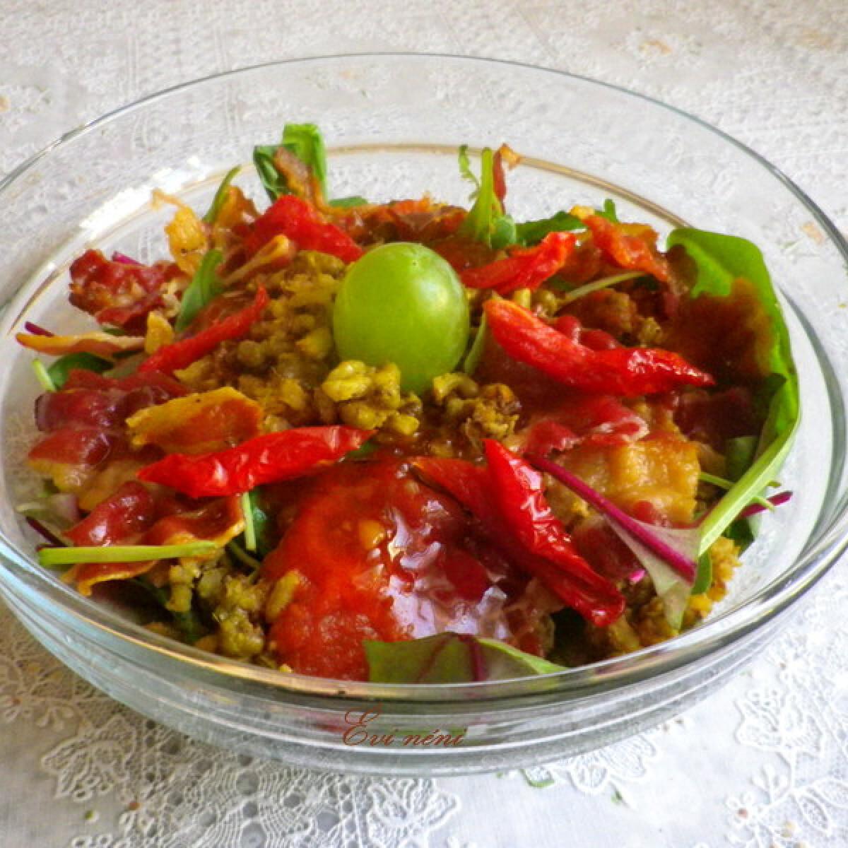 Ezen a képen: Mungóbab saláta