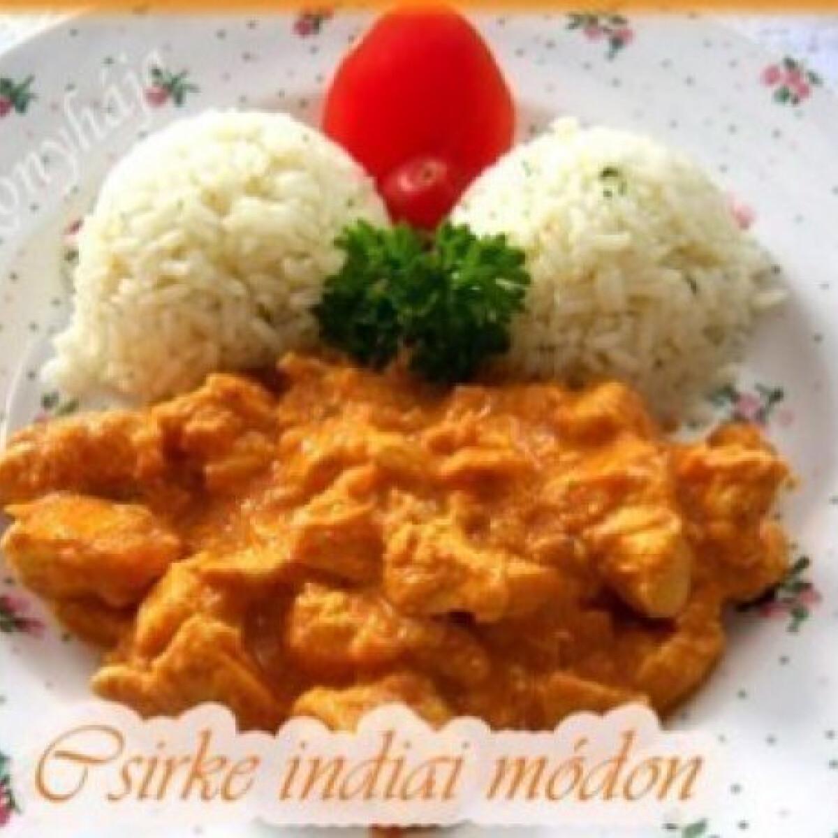 Ezen a képen: Curry-s csirke indiai módon