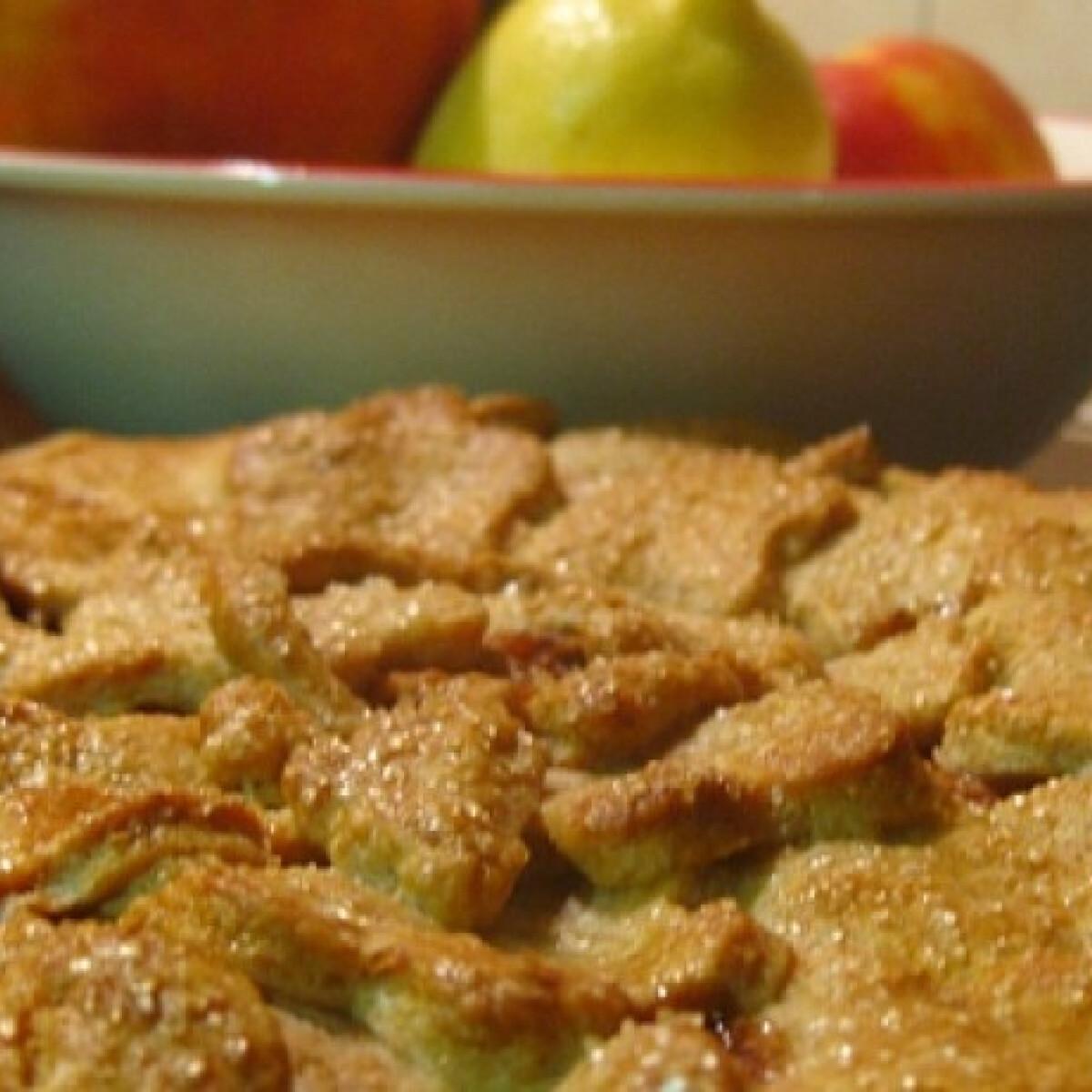 Ezen a képen: Almás pite ahogy goblarka készíti