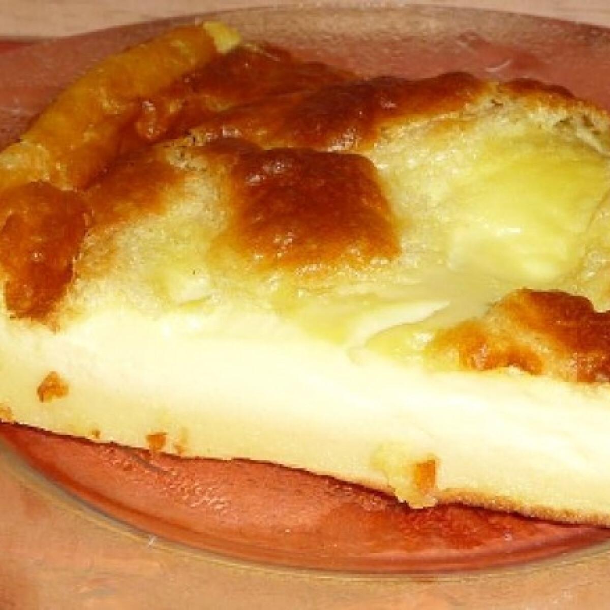 Ezen a képen: Tejes pite Zoli konyhájából