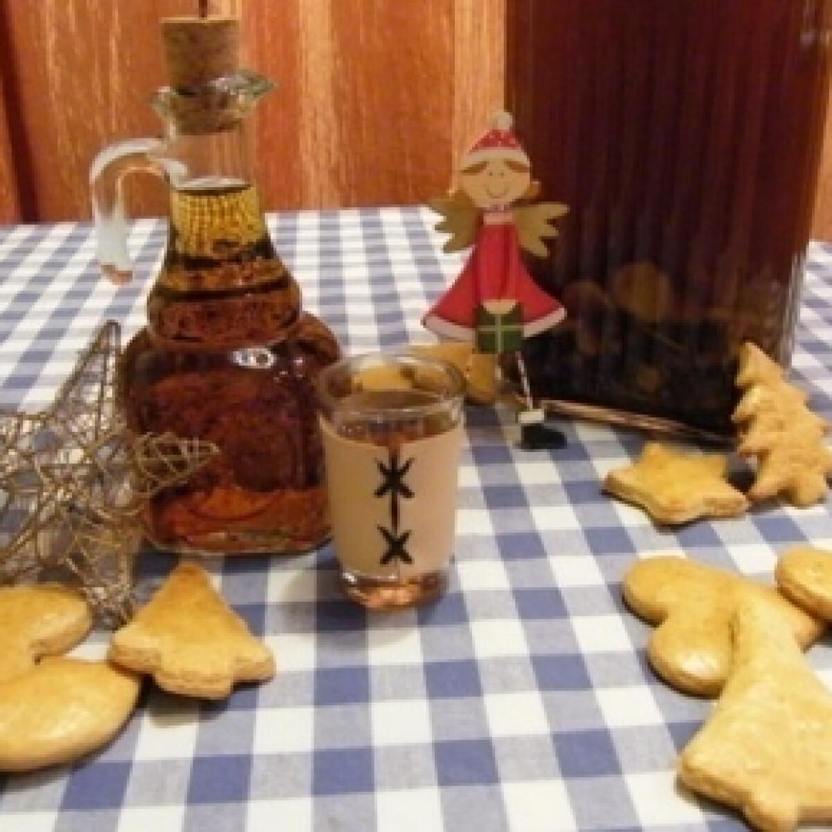 Ezen a képen: Fűszeres-mézes gyógylikőr