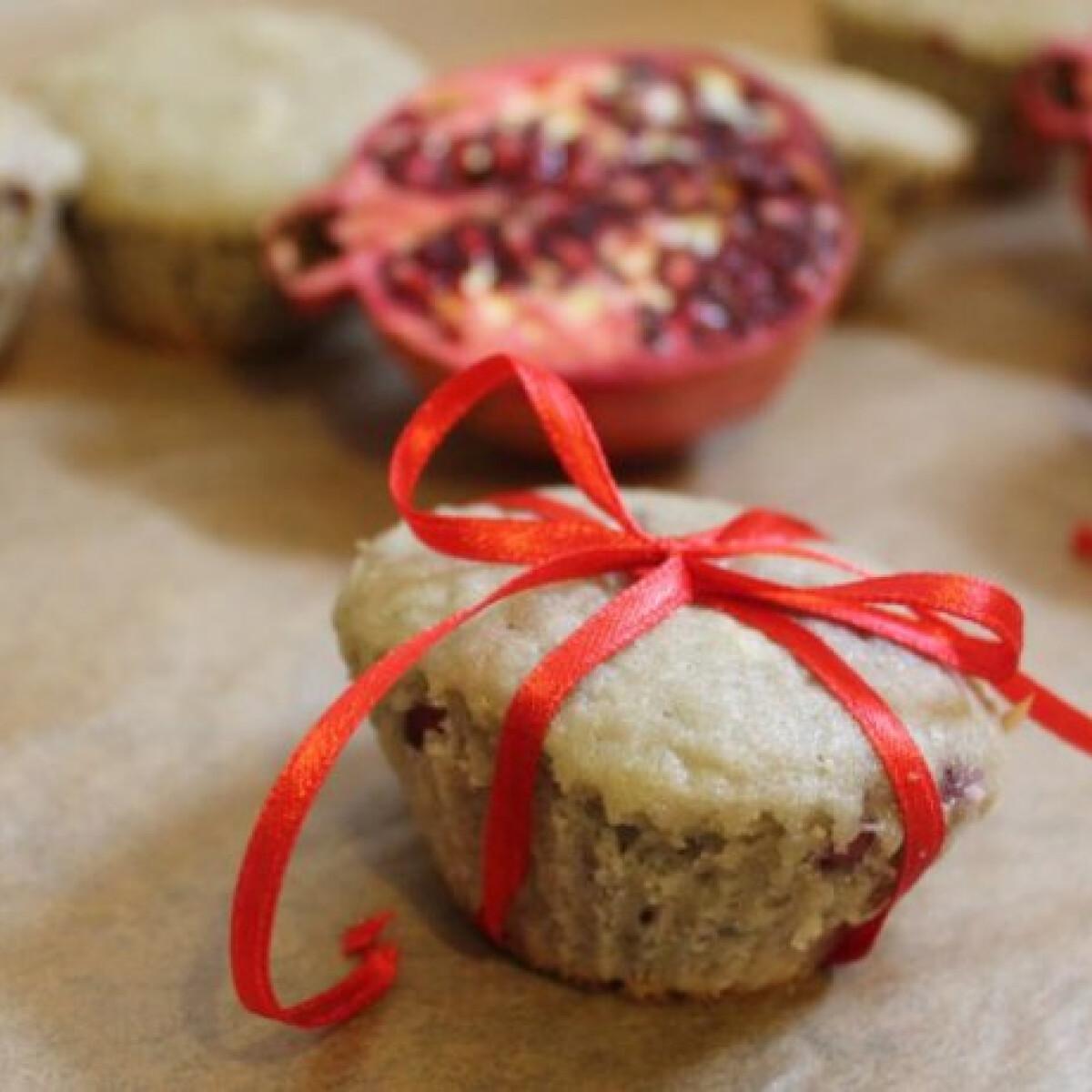 Ezen a képen: Gránátalmás muffin