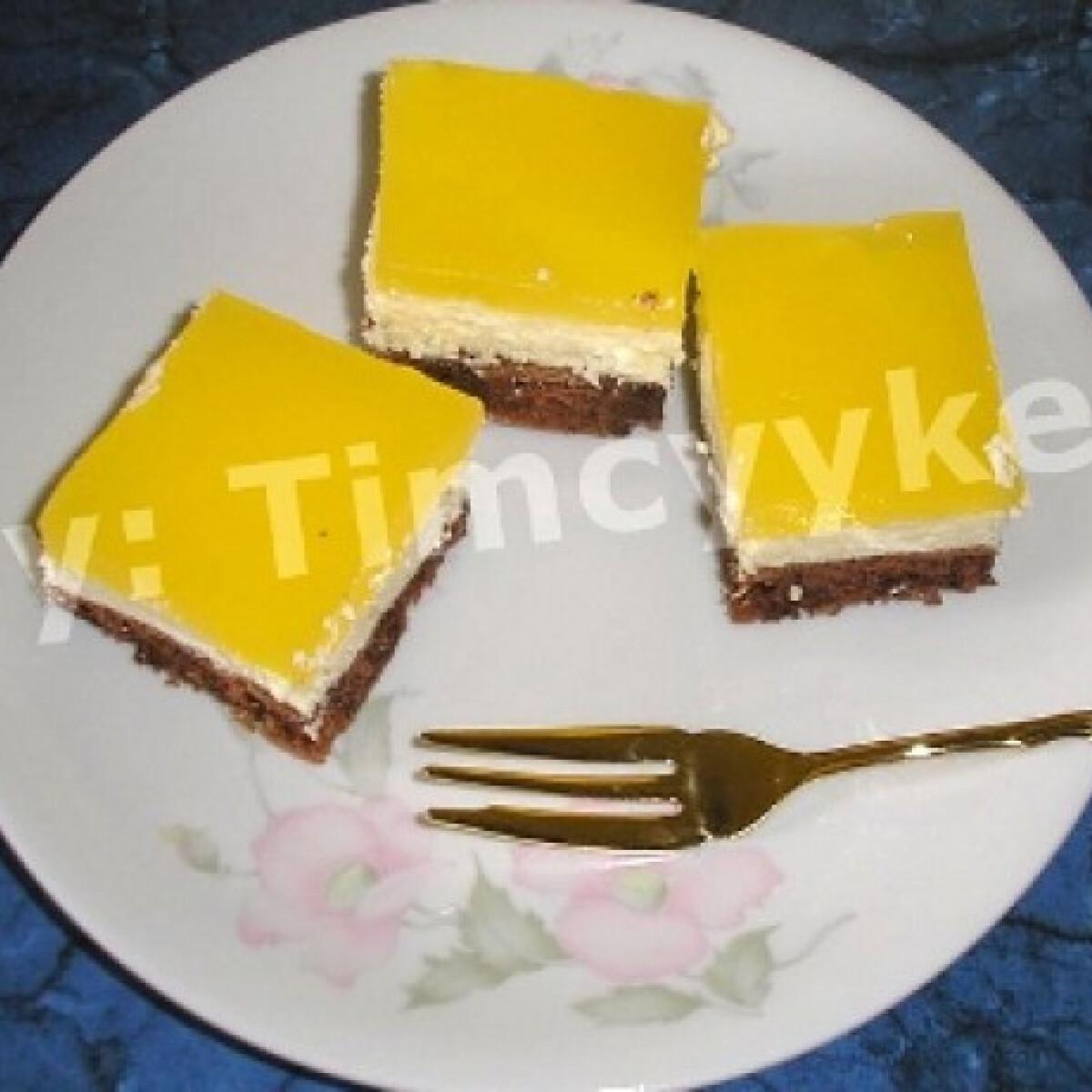 Ezen a képen: Narancs üditős süti
