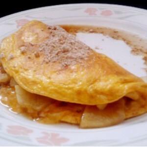 Almás-fahéjas omlett