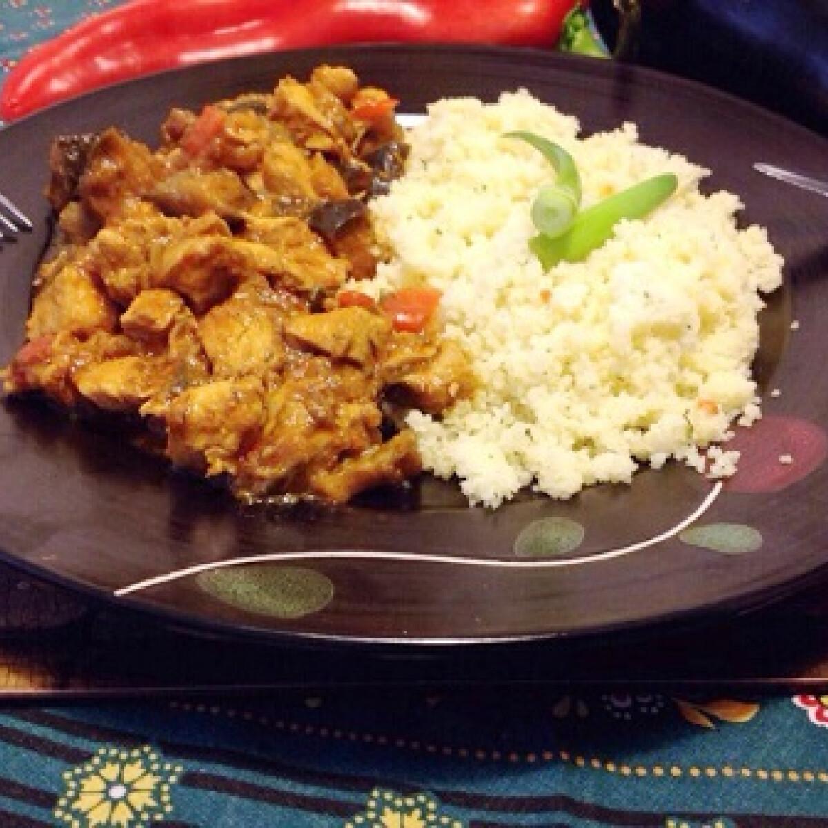 Ezen a képen: Currys apróhús kuszkusszal