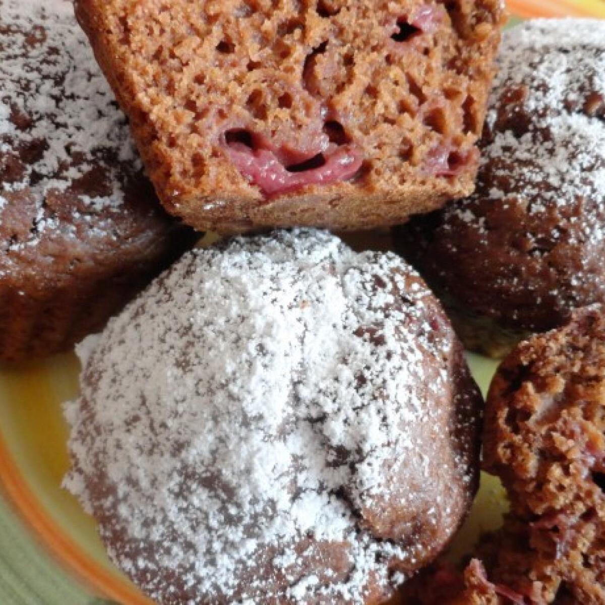 Ezen a képen: Csokis-cseresznyés muffin