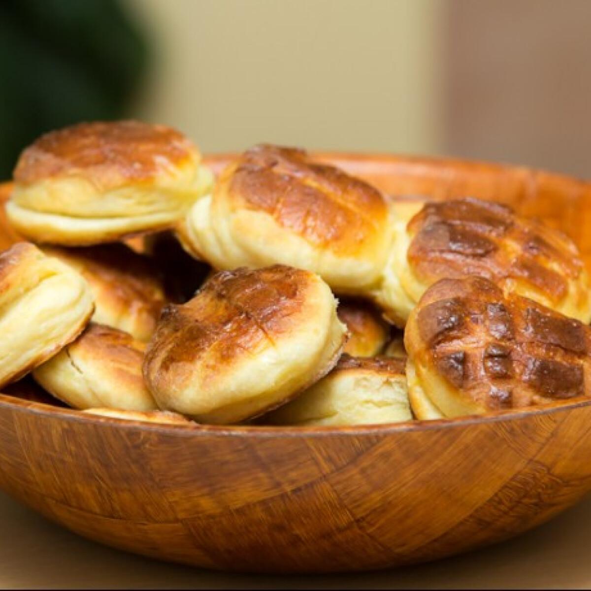 Ezen a képen: Krumplis pogácsa Zsolt konyhájából