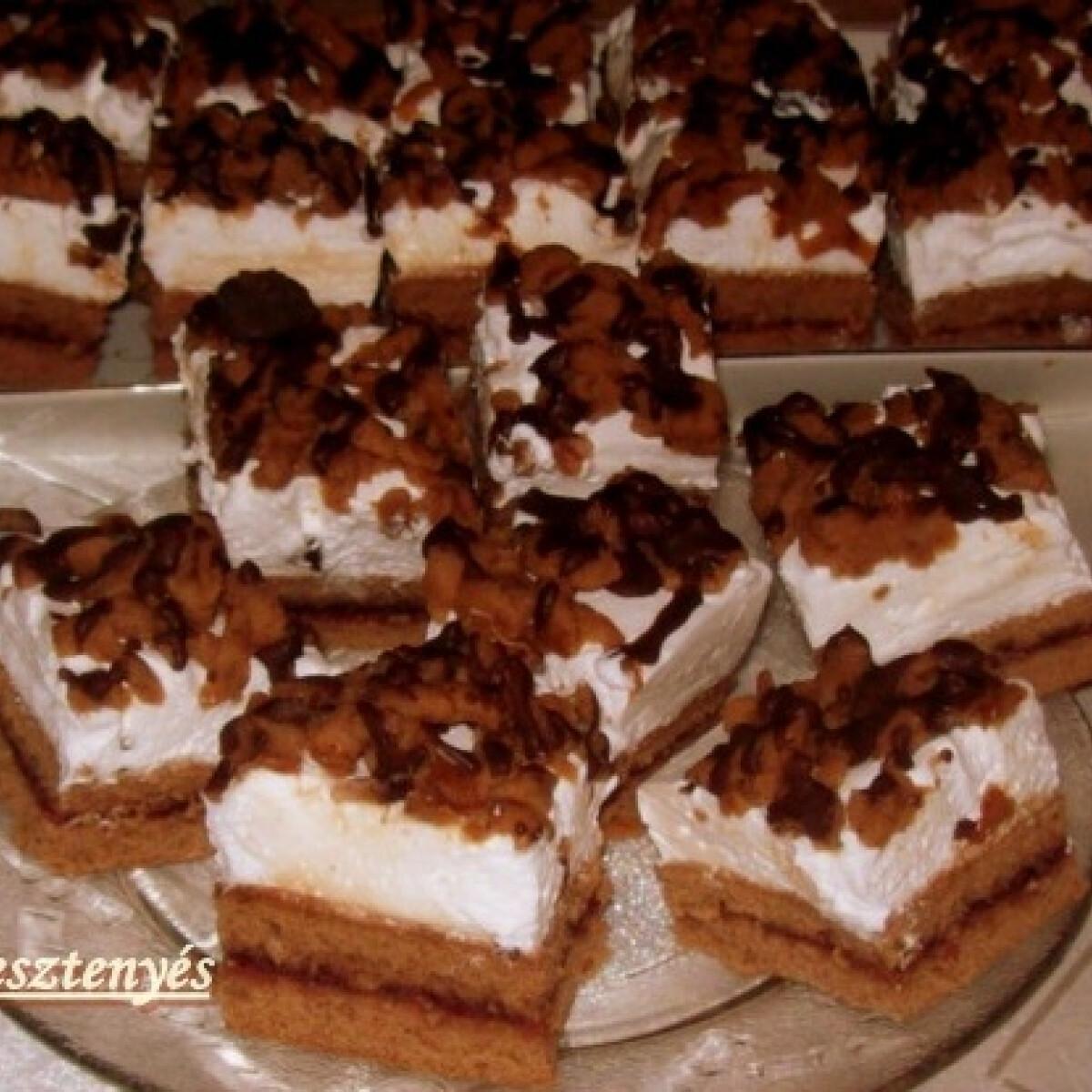 Ezen a képen: Csokis-gesztenyés szeletek